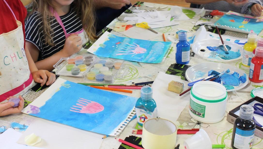Plongeons dans les couleurs - atelier en famille - Musartdit (9)