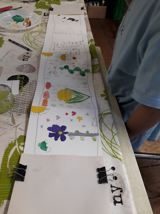 Stage Confection d'un leporello sur le thème de la flore de la côte de nacre - atelier jeune-public - Musartdit (18)