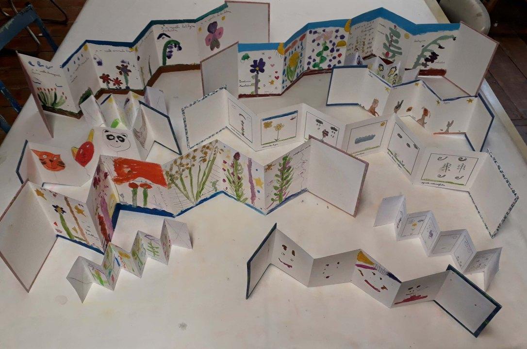 Stage Confection d'un leporello sur le thème de la flore de la côte de nacre - atelier jeune-public - Musartdit (45)